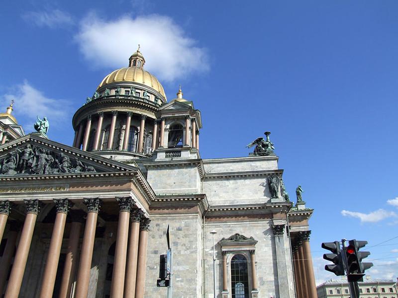 Ректоры петербургских вузов рассказали, почему призывают ускорить передачу Исаакия РПЦ