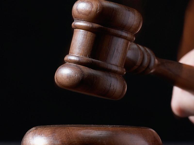 Бывший глава Курильского района получил четыре года колонии за мошенничество с жильем