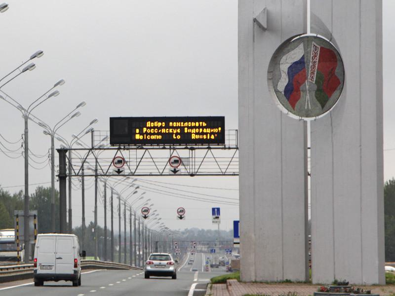 """Согласно данным недавнего опроса ВЦИОМ, 78% россиян считают нужным ввести визовый режим с государством-соседом, чтобы не пускать на территорию РФ """"неизвестных людей, не получивших положенной российской визы"""""""