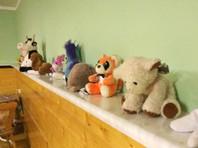 Отнятые у семьи Дель дети временно оказались в базе на усыновление
