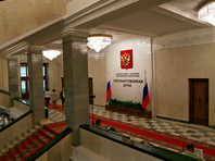 Госдума приняла в первом чтении законопроект о контрактниках со средним образованием