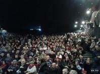 """Единственный показ фильма в Нижнем Новгороде был бесплатным. Кинотеатр """"Электрон"""" не смог вместить всех желающих - все 520 мест в зале были заняты, нижегородцы сидели на полу, на ступенях кинозала и даже стояли"""