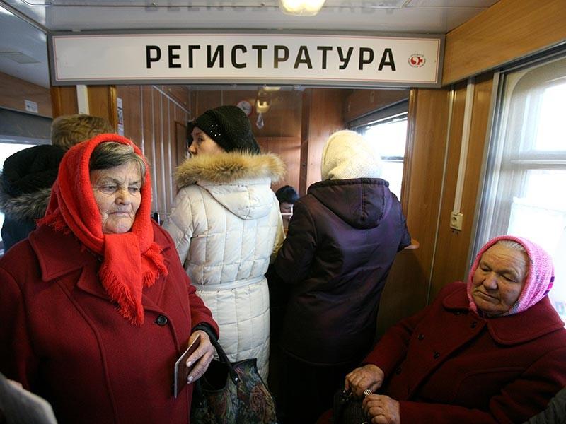 Путин потребовал избавить россиян от хамства и очередей в регистратурах поликлиник