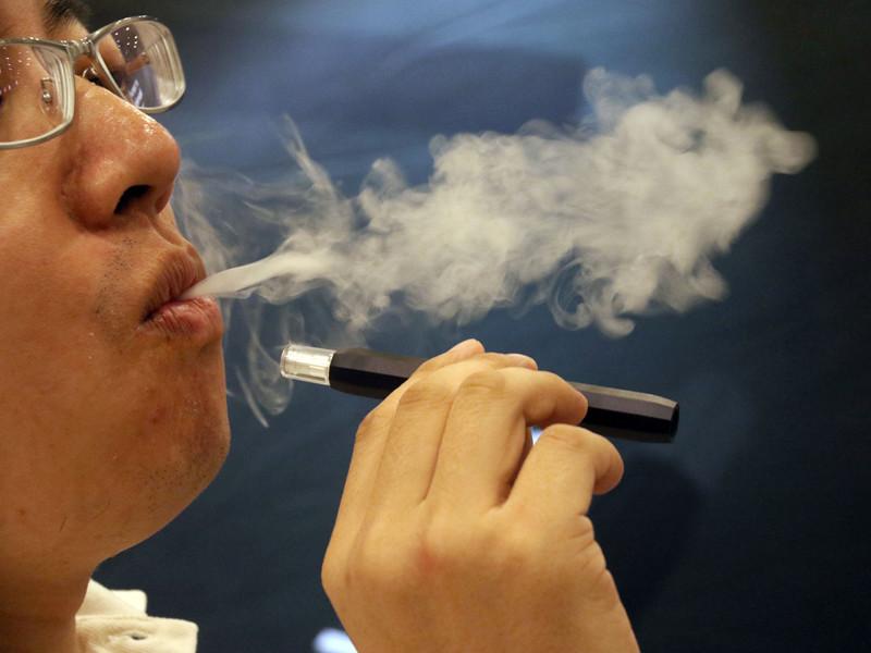 В поездах дальнего следования теперь нельзя курить электронные сигареты и вейпы