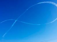 Женщин Новосибирска поздравили с помощью гигантской восьмерки в небесах (ФОТО)