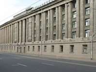 Арбитражный суд Санкт-Петербурга и Ленинградской области аннулировал лицензию Европейского университета в Санкт-Петербурге (ЕУСПб), приостановленную в декабре 2016 года Рособрнадзором