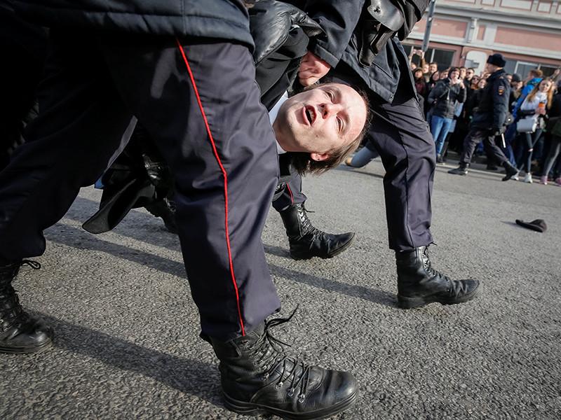 В Москве задержали до 650 участников антикоррупционных протестов