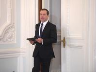 По словам политика, к митингам его подтолкнуло равнодушие российских властей относительно обнародованного расследования, посвященного яхтам и недвижимости премьер-министра РФ Дмитрия Медведева