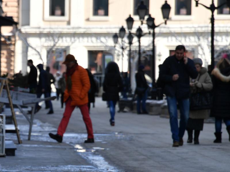 Все больше россиян считают свою страну влиятельным на мировой арене государством
