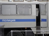 Трое феминисток задержаны за акцию у московского Кремля