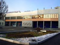 Инвалиду-паралимпийцу пришлось самому спускаться по трапу самолета - ему отказались помочь в чебоксарском аэропорту  (ВИДЕО)