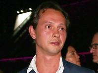 Трехэтажные апартаменты площадью 280 кв. м приобрел петербургский предприниматель Константин Лукьянов. Он занимается операциями с недвижимостью и устанавливает торговые аппараты на вокзалах РЖД