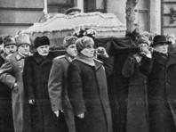"""Радио """"Свобода"""" опубликовало ранее неизвестное ВИДЕО, снятое американцем на похоронах Сталина"""
