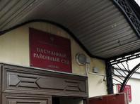 """3 марта Басманный суд Москвы заочно арестовал Вороненкова, он объявлен в международный розыск, хотя точно известно, что экс-депутат проживает в Киеве вместе с женой, также бывшим депутатом от партии """"Единая Россия"""", певицей Марией Максаковой"""