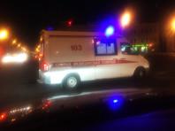 В центре Москвы машина скорой помощи перевернулась после столкновения с Porsche