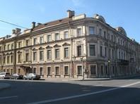Стали известны покупатели квартир в петербургском особняке, который приписывают Медведеву