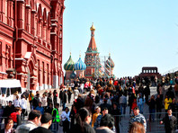 В майские праздники россияне будут отдыхать семь дней, но с перерывом на работу