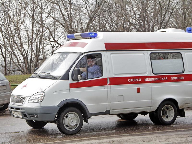 Шестилетний мальчик и семилетняя девочка были госпитализированы вечером 12 апреля. По предварительной информации, дети, находясь в одном из дошкольных образовательных учреждении Волжского района города, нашли две таблетки крысиного яда и попробовали их на вкус