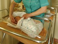Начальник поезда Кисловодск - Тында принял роды у пассажирки, ребенок получит два свидетельства о рождении