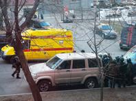 В Хабаровске в пятницу, 21 апреля, местный житель совершил нападение на здание Федеральной службы безопасности России
