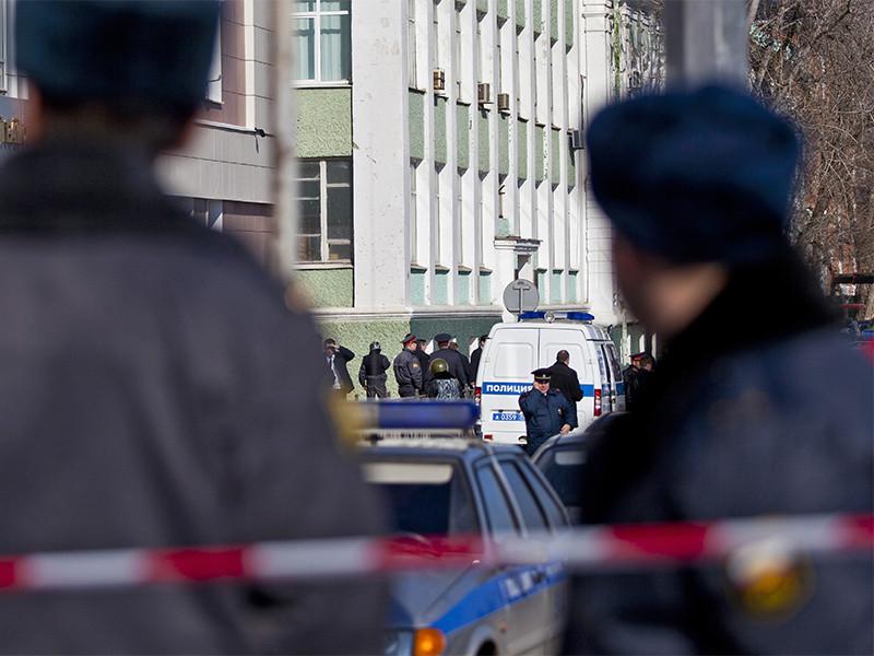 Неизвестные в Астрахани застрелили двух полицейских