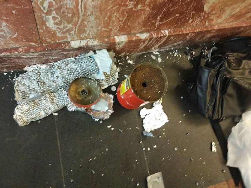 """Мощность взрывного устройства, обезвреженного на станции метро """"Площадь восстания"""" в Санкт-Петербурге, составляла один килограмм в тротиловом эквиваленте и было замаскировано под огнетушитель"""