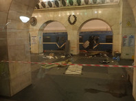 """Теракт в петербургском метрополитене произошел 3 апреля. Самодельная бомба взорвалась в вагоне поезда, следовавшего от станции """"Технологический институт"""" к """"Сенной площади"""""""