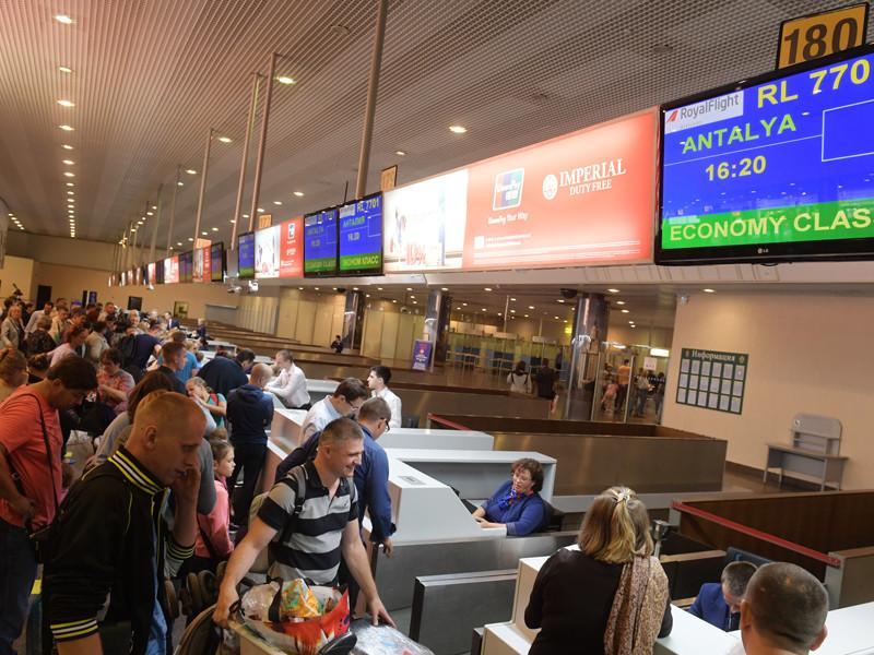 Росавиация предупредила авиакомпании о возможности приостановки чартерных программ в Турцию