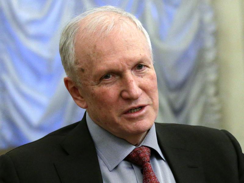 Исполняющий обязанности президента Российской академии наук (РАН) Валерий Козлов объявил о том, что выборы президента РАН пройдут 26 сентября этого года