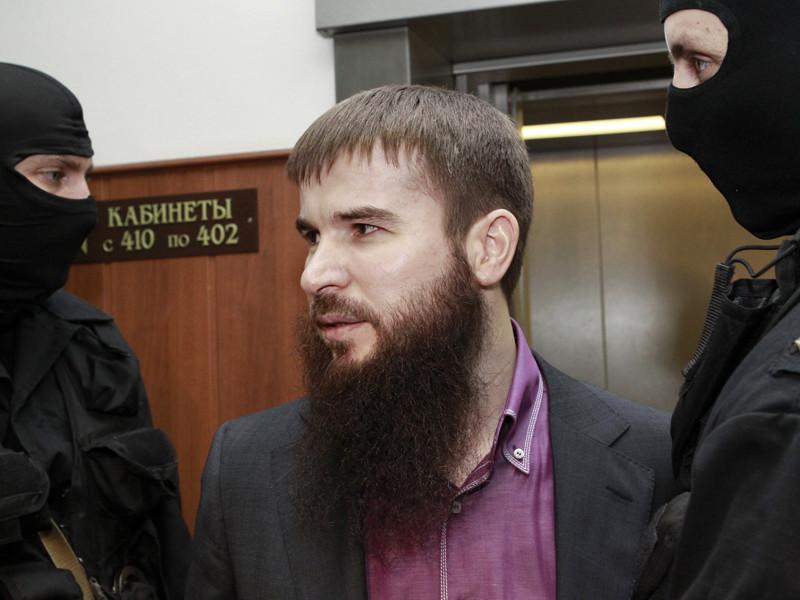 Суд в столице Чечни Грозном объявил в международный розыск Ису Ямадаева - брата двух убитых членов клана Ямадаевых, которого власти подозревают в организации покушения на главу Чечни Рамзана Кадырова