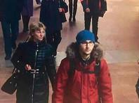 """""""Фонтанка"""" сообщала, что Джалилов живет в Петербурге больше шести лет, сменил несколько паспортов, имеет заграничный. В метро мужчину зафиксировали камеры наблюдения"""