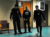 Дмитрий Богатов преподает математику в Московской финансово-юридической академии. Он был задержан за призывы к организации массовых беспорядков в центре Москвы