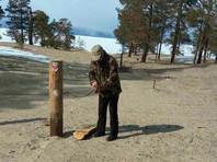 На Байкале новый случай вандализма - после вырубки священных берез спилили тотемные столбы
