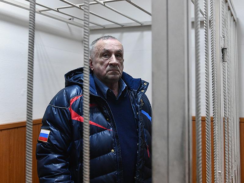 Против бывшего главы Удмуртии Александра Соловьева возбуждено уголовное дело по подозрению в получении взяток на 140 млн рублей от подрядчиков строительства мостов