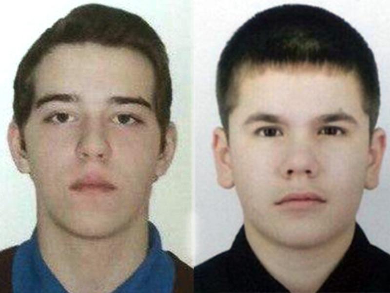 В Сургуте сбежали двое учащихся закрытой спецшколы, воспитанника которой подозревают в изнасилованиях и пытках детей. Сбежавшие - 15-летний сургутянин Юрий Петлин и уроженец Нижневартовска 14-летний Кирилл Мировский