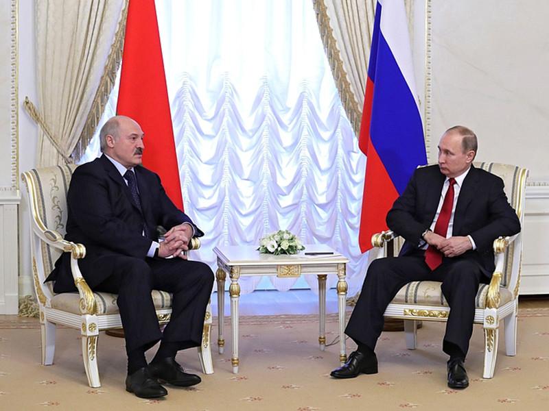Президент России Владимир Путин во время беседы с журналистами, организованной после встречи с главой Белоруссии Александром Лукашенко, заявил, что все споры между РФ и РБ в нефтегазовой сфере разрешены