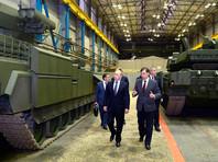 Суммой достижений Путина на посту президента 39% респондентов назвали повышение боеспособности и реформу вооруженных сил, а также укрепление международных позиций России (34%)