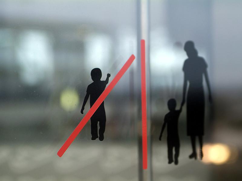 Мальчика, привезенного из Магадана в московскую больницу в состоянии крайнего истощения, собирается забрать в свою семью москвичка Светлана Сулейманова, работающая психологом и уже имеющая пятерых своих детей и восьмерых приемных