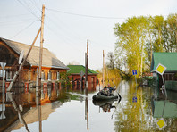 В четырех регионах России сохраняется режим ЧС из-за лесных пожаров и паводка