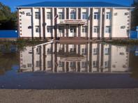 В Адыгее из-за подъема уровня воды в реке Фарс прорвало дамбу