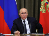 Путин пока не думает над будущими выборами президента и никакой предвыборной кампании нет, заявили в Кремле