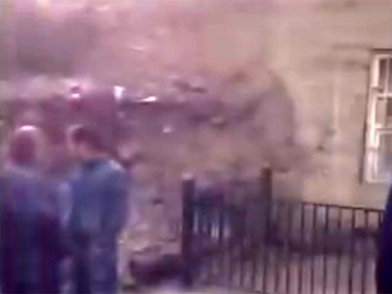 Десятилетний мальчик, пострадавший при взрыве гранаты в конце апреля в компьютерном зале в Цумадинском районе Дагестана, 17 мая скончался в больнице