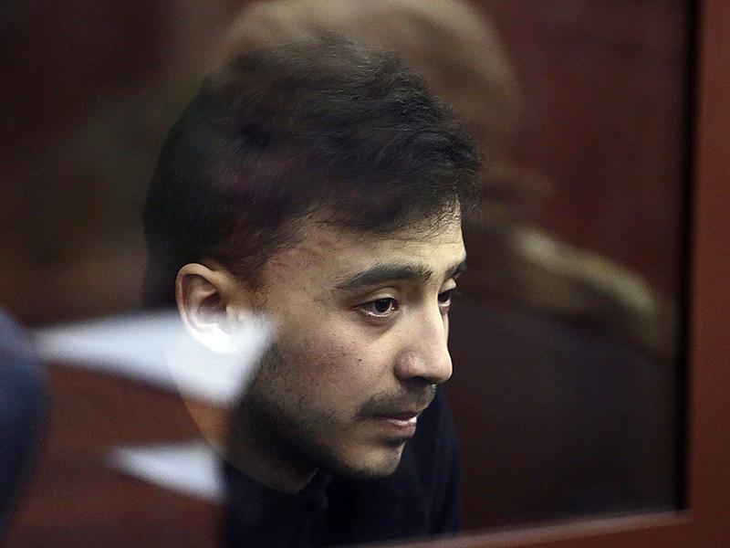 В Санкт-Петербурге предъявлено обвинение фигурантам уголовного дела о теракте в метро 3 апреля. В частности, Махмудюсуфа Мирзаалимова обвинили в терроризме и незаконном обороте взрывчатых веществ или взрывных устройств