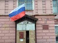Гособвинение потребовало приговорить Соколовского к 3,5 года колонии общего режима. В суд блогер пришел с вещами на случай обвинительного приговора