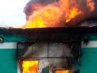 В Подмосковье загорелся строительный рынок
