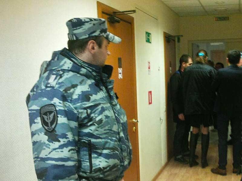 """Подмосковная полиция провела накануне масштабные обыски в офисе Общероссийской общественной организации инвалидов войны в Афганистане (""""Инвалиды войны"""", ОООИВА) в рамках дела о растрате"""