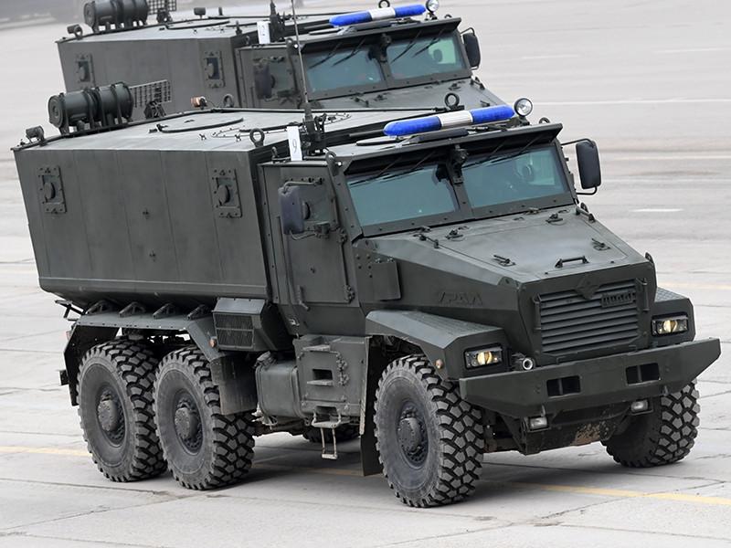 На трассе на Кубани в ДТП попали два броневика