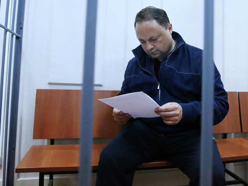 Арестованный мэр Владивостока заработал за год 500 тыс. рублей, его жена - 90,84 млн рублей