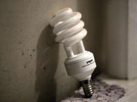 В Ангарске обнаружили свалку ртутных ламп, опасных для здоровья людей