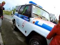 В Челябинске во время фестиваля красок холи школьники атаковали один из автомобилей полиции